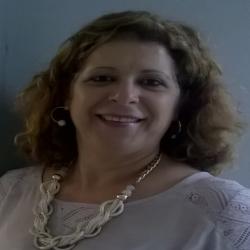 Prof. Elizabeth Matos Ribeiro