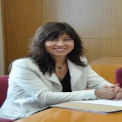 Dr. Ana Tomás López