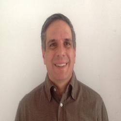 Dr. Fernando Ayala