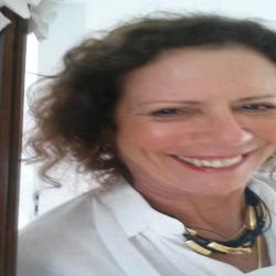 Dr. Vera  Nogueira