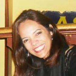Simone Martins profile image