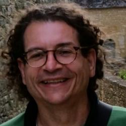 Prof. Alcides Fernando Gussi