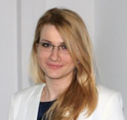 Dr Ana Peric