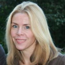 Linda  Bauld profile image