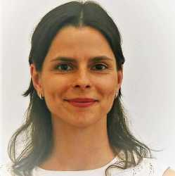 Ms. Ana Rita Melo