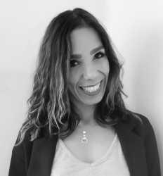 Dr Natalie Rosales