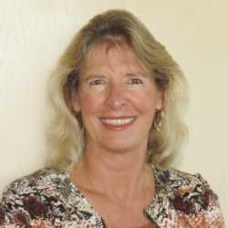 Julie Mayer Hunt profile image
