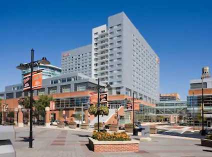 Hilton Baltimore Inner Harbor Hotel