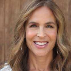 Sylvia Villagran profile image