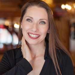 Liz  de Nesnera profile image