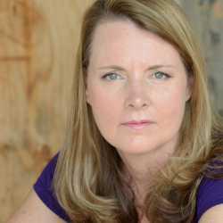 Elisa Carlson profile image