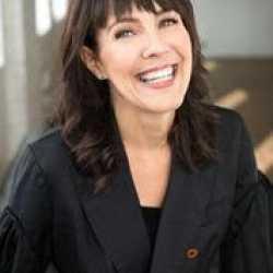 Celia Siegel profile image